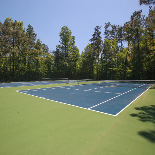 Colony Woods Apartments, Birmingham, AL - Tennis Court